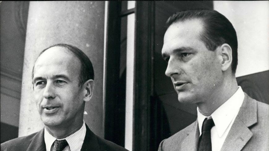 En 1976, Jacques Chirac claque la porte de Matignon après deux ans de relations houleuses avec le président Giscard d'Estaing. Il éprouve alors le besoin de se rendre à l'abbaye de Solesmes (Sarthe)