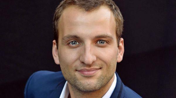 Le Français Victor Jacob en finale du Concours de jeunes chefs d'orchestre de Besançon