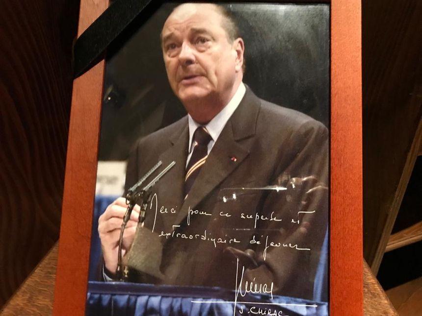 La dernière visite de Jacques Chirac chez Yvonne, le 1er octobre 2004