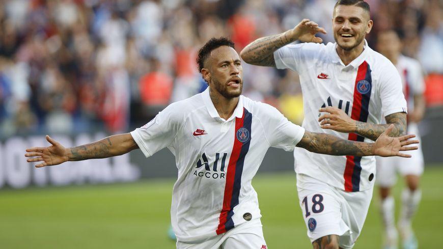 Neymar a délivré le Parc des Princes grâce à un retourné génial