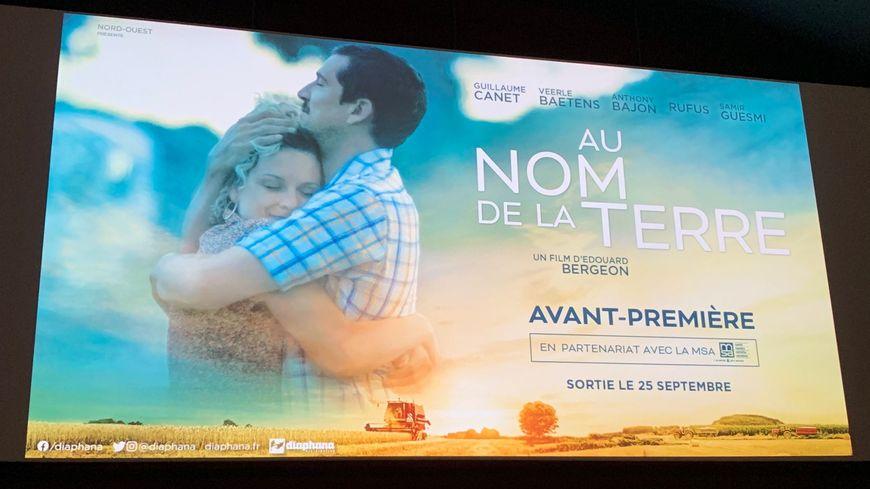 """Le film """"Au nom de la terre"""" traite d'un sujet délicat: le suicide des agriculteurs"""