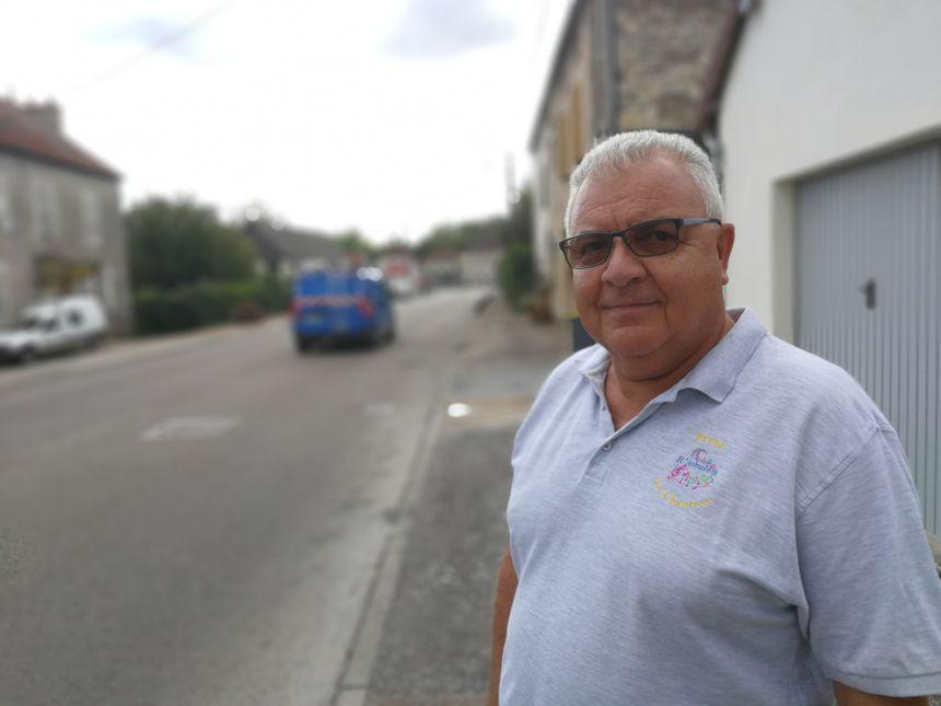 Bruno Lorenzon, le maire de Vonges en Côte-d'Or, habite à 100 mètres de la poudrerie