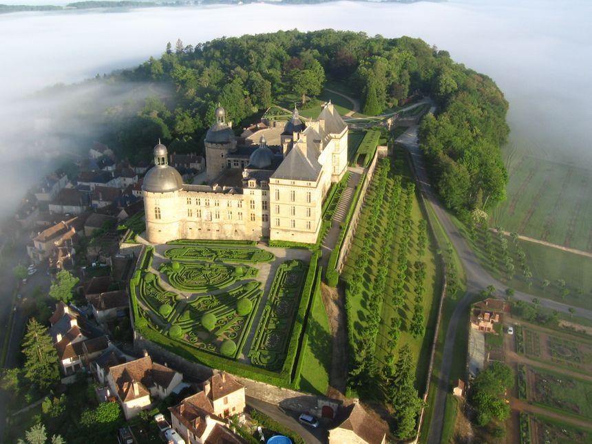 le château d'Hautefort
