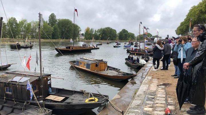 Le public orléanais a répondu présent pour assister à la grande parade du Festival de Loire
