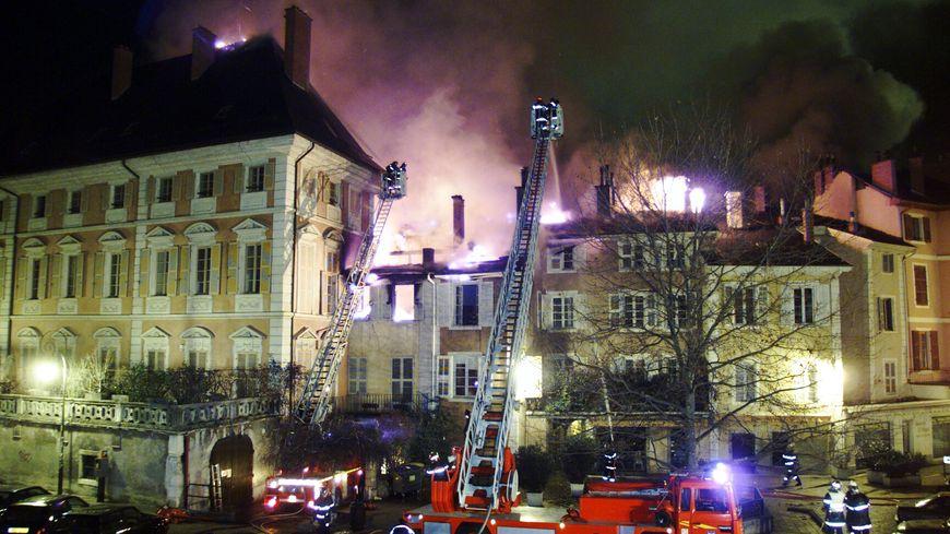 L'incendie dramatique en 2002 a tué Delphine et Jonathan