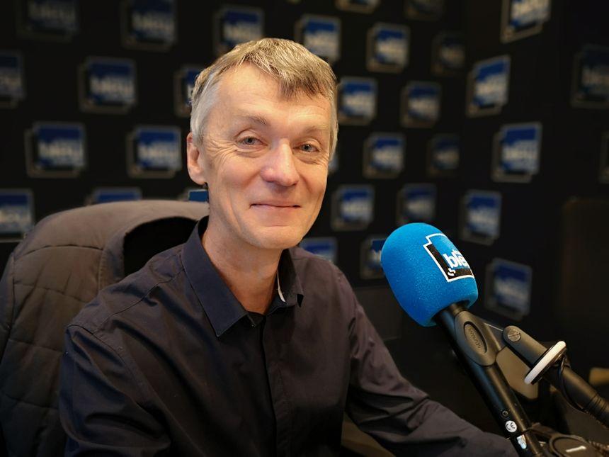 Philippe LeLouarn délégué aux relations extérieures de la caisse d'assurance retraite la CARSAT Normandie, invité de France Blau Cotentin le 25 avril 2019.