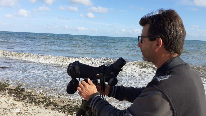 James Jean-Baptiste, ornithologue au GONm