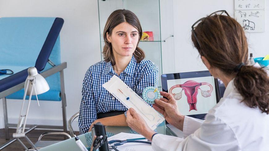 Les femmes s'estiment bien informées sur les moyens de contraception existants.