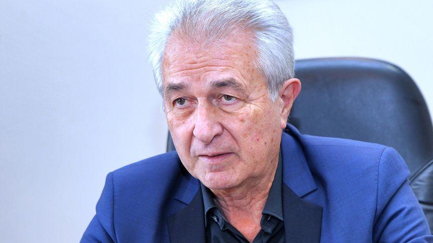 9 élus de Lunel démissionnent pour dénoncer la politique et le management du maire Claude Arnaud