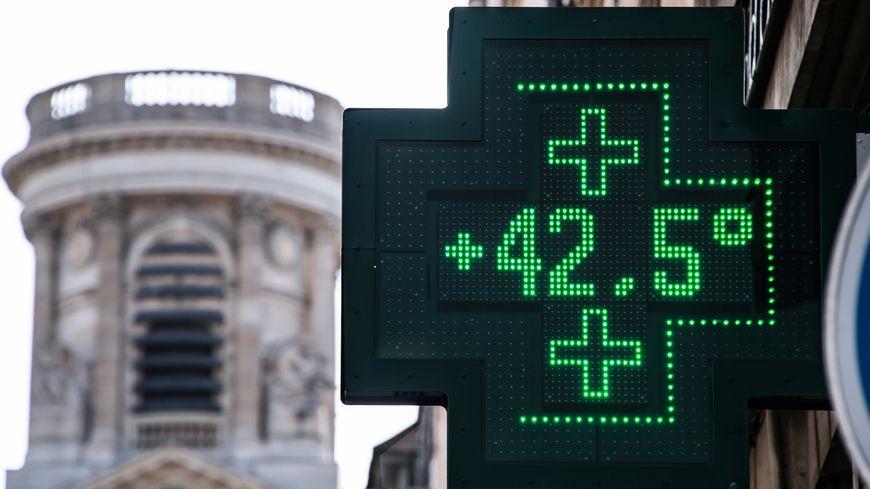 En juillet dernier, la canicule avait provoqué des records de chaleur dans différentes villes de France (ici à Paris).