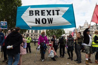 Brexit : comédie politique ou vraie tragédie ?