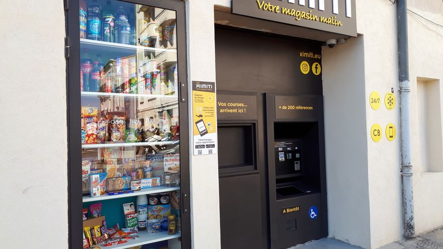 La nouvelle épicerie automatique à Nîmes.