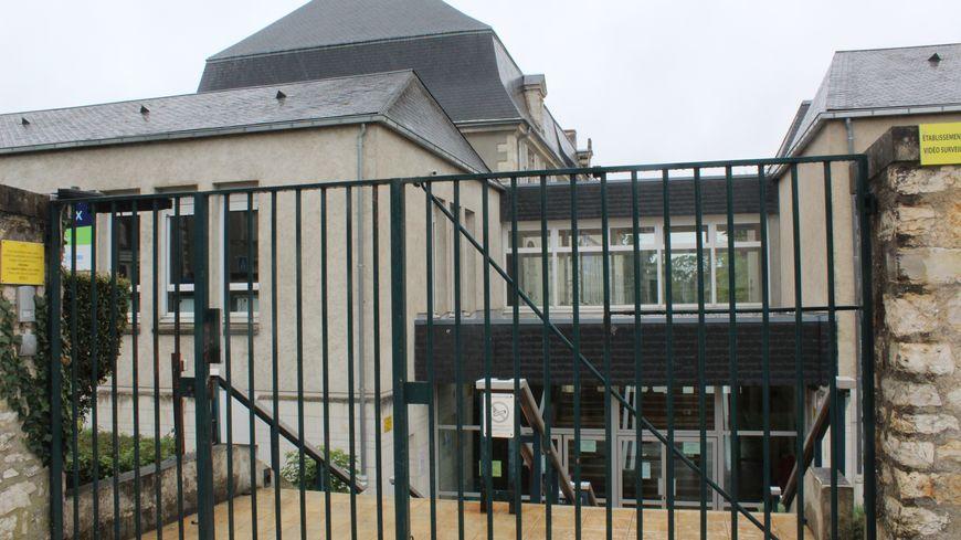 Au lycée Jean Giraudoux de Châteauroux, la réforme du lycée à des conséquences sur l'emploi du temps de certains élèves