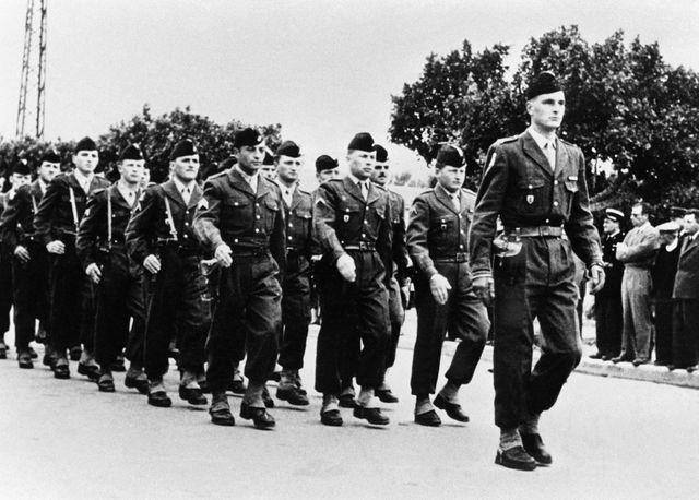 Jacques Chirac au service militaire, en 1956.