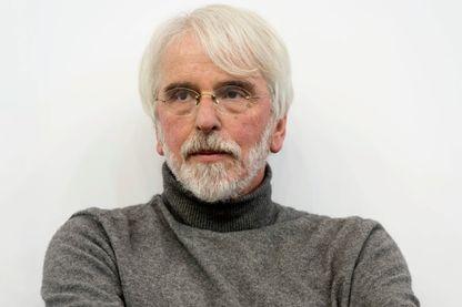 Portrait de Philippe Delerm, écrivain, à l'occasion du Salon du Livre à Paris, le 25 mars 2017.