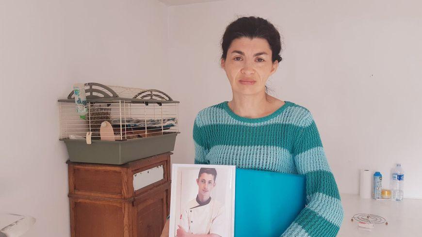 Le fils de Gwenaëlle Jouan, Denis est mort le 26 juin 2019 deux jours après avoir été agressé par un élève devant son école à Aucaleuc
