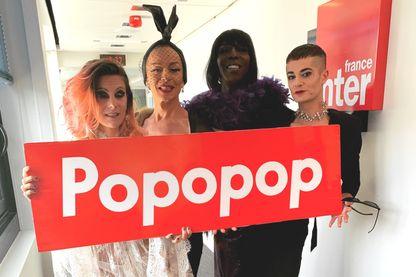 Charly Voodoo, Brenda Mour, Clochette et Lola Dragoness artistes du Cabaret Madame Arthur