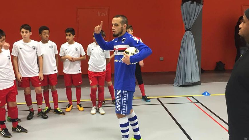 Hanza Brikat est un formateur et éducateur de futsal.