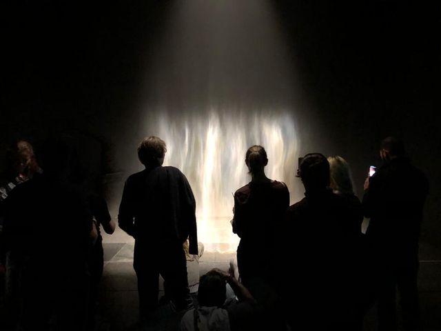L'oeuvre Beauty, ici exposée à la Tate Modern en 2019