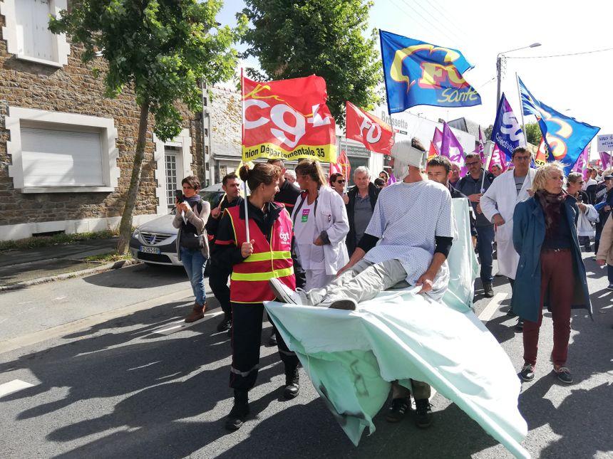 Ils étaient 300 à manifester dans les rues de Saint-Malo