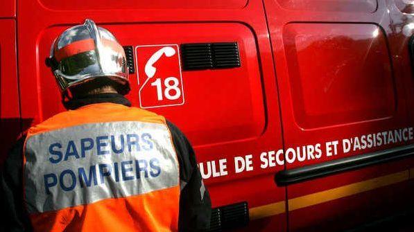 Un choc frontal entre deux voitures a fait deux morts et un blessé grave hier soir.