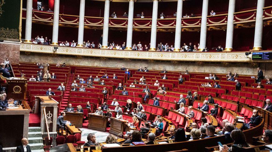 Les députés examinent le projet de loi bioéthique à l'Assemblée nationale, le 25 septembre.