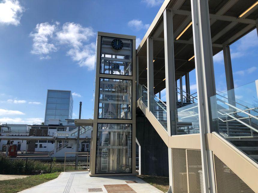 Côté Trignac, une passerelle, un ascenseur et un parking sont désormais accessibles