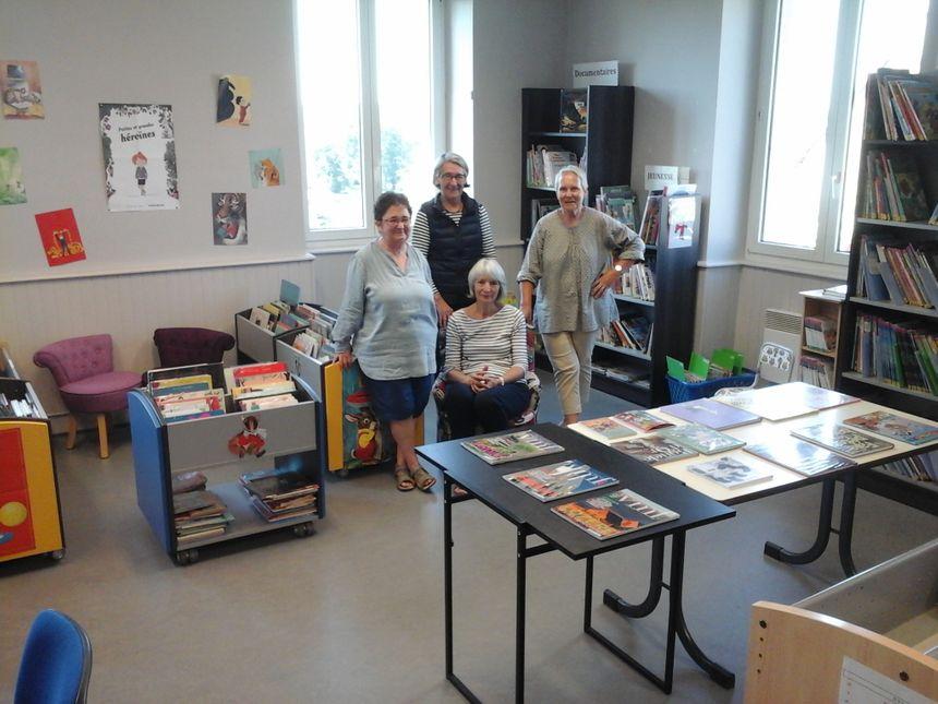 Blandine, Hélène, Martine et Bernadette au service de l'échange et des rencontres, et toujours avec le plaisir de lire ! - Radio France