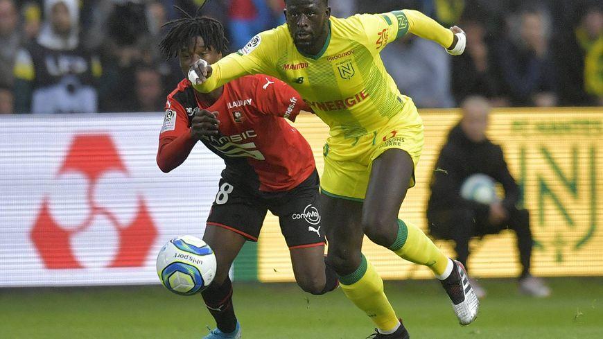 Le capitaine et buteur nantais Abdoulaye Touré face au rennais Eduardo Camavinga