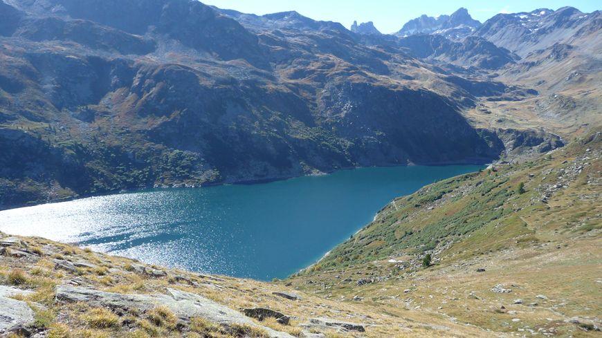 Le lac de Bissorte entre Valmeinier et Valfréjus, site du projet d'équipement de remontées mécaniques