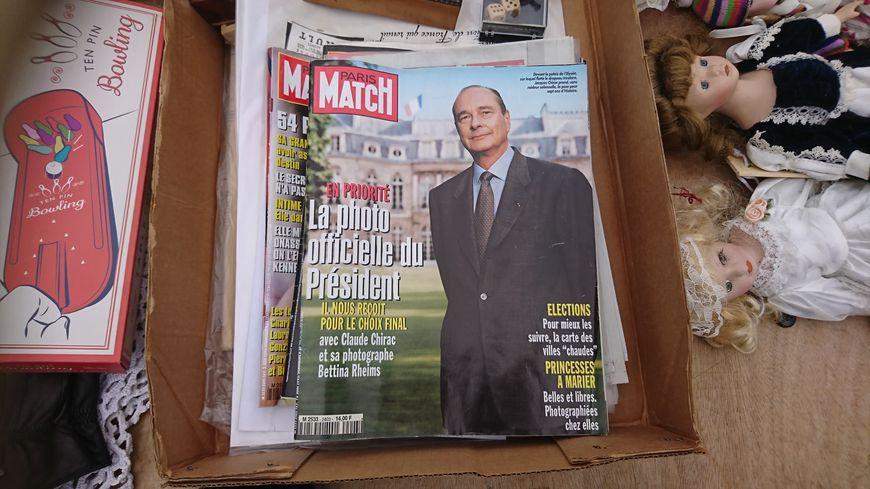 Le Paris Match qui dévoile la photo officielle de Jacques Chirac