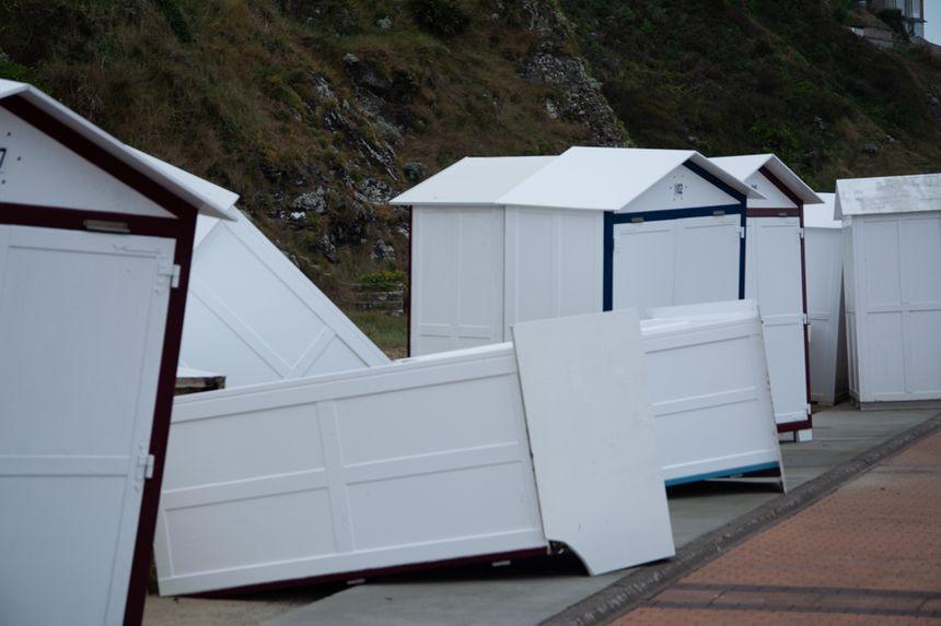 Les cabines devaient être remisées pour l'hiver à partir du 1er octobre.