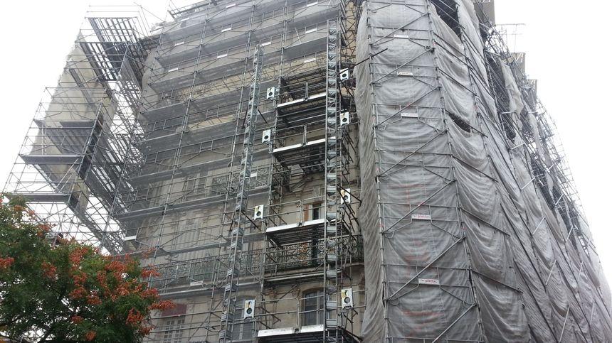 L'immeuble a été incendié le 4 avril 2015