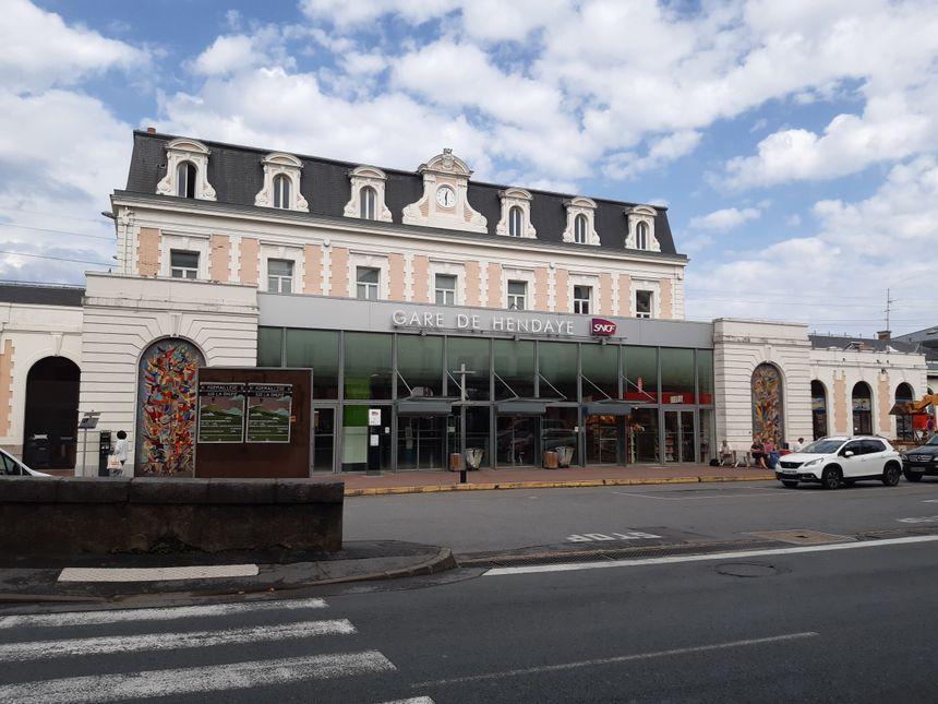 La Gare d'Hendaye avait été inaugurée en 1864