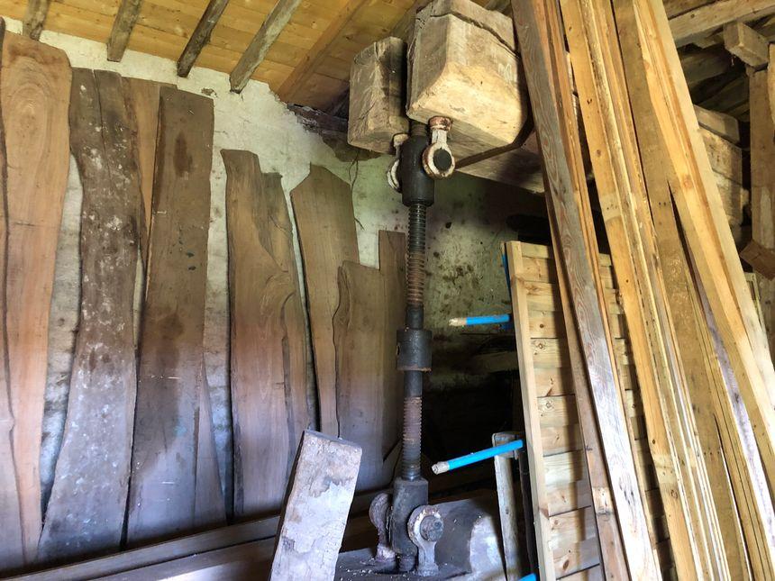 Au Plessis Mareil, un vieux pressoir témoigne de l'histoire viticole de Saint-VViaud