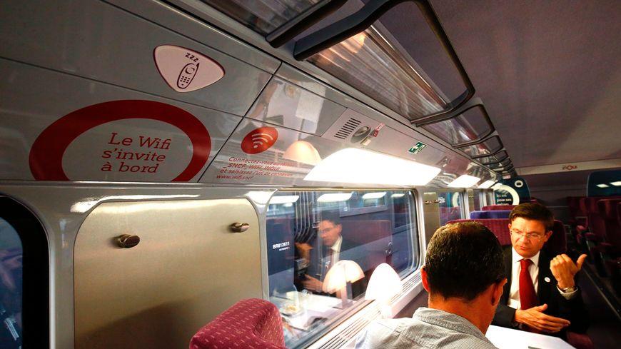 Les TGV du matin permettent d'arriver avant 10 heures à Paris, pour des réunions par exemple