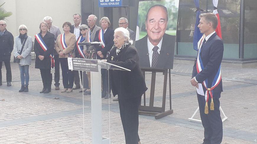 Lydie Gerbaud, ancienne attachée de presse de Jacques Chirac, s'est exprimée au micro
