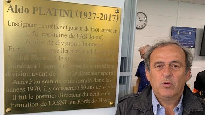 Michel Platini est venu découvrir l'espace portant désormais le nom de son père, Aldo Platini.