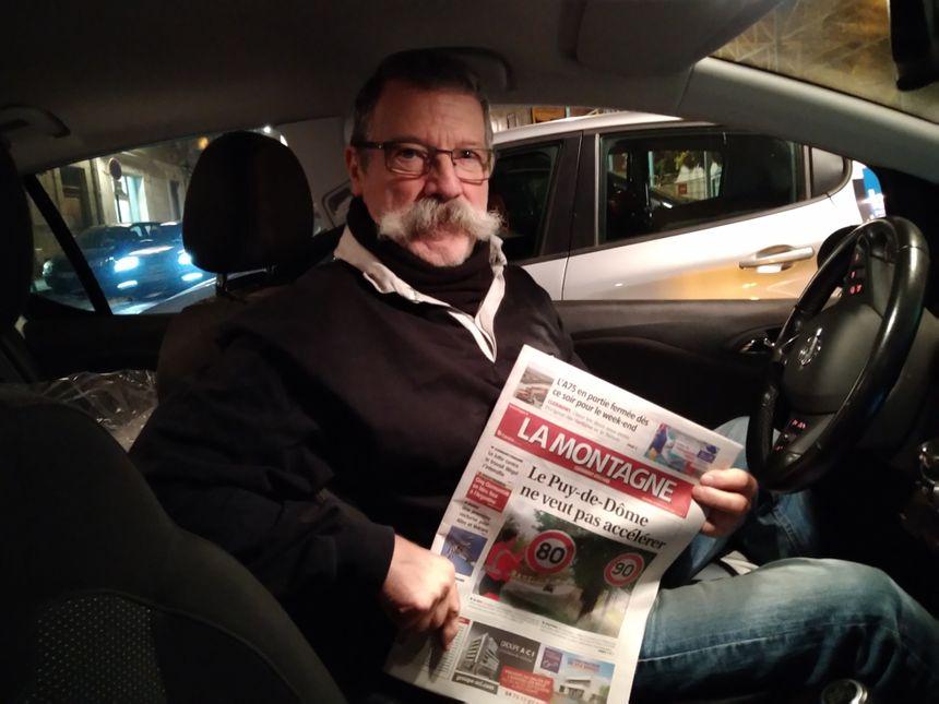 Richard Layre, l'un des porteurs du journal