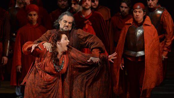 Marie-Nicole Lemieux et Riccardo Zanellato dans Le Trouvère de Verdi