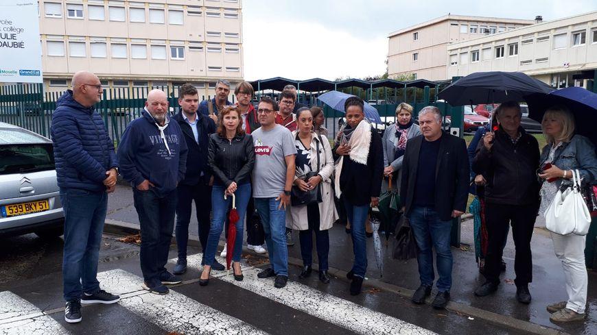 Les professeurs du lycée Julie Daubié de Rombas ont débrayé après l'agression de leur collègue