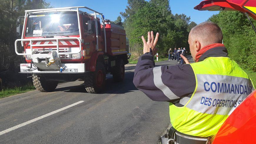 Parigné-l'Eveque le 14 mai 2019. Intervention des pompiers de la Sarthe sur un feu de forêt.