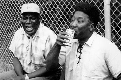 Muddy Waters et Howlin 'Wolf au festival de blues d'Ann Arbor en 1969.