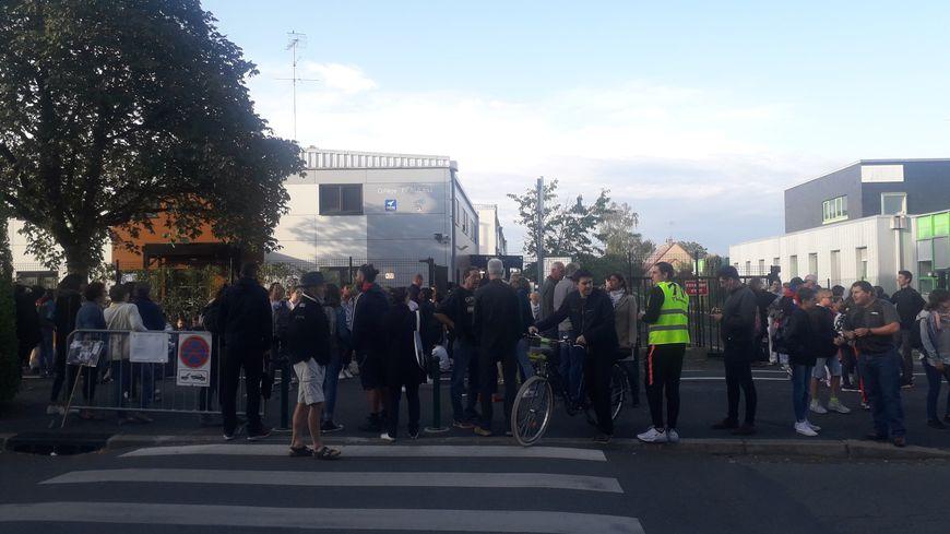 Les élèves se mobilisent devant le collège Beaulieu