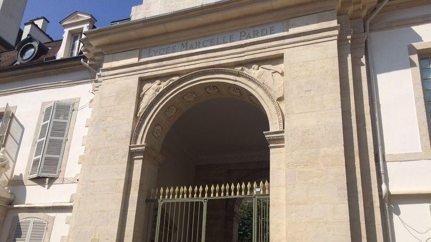 Le collège Marcelle Pardé à Dijon