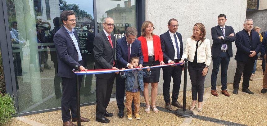 L'inauguration a eu lieu, notamment, en présence d'Antoine Audi le maire de Périgueux, et de Frédéric Perissat le Préfet de la Dordogne
