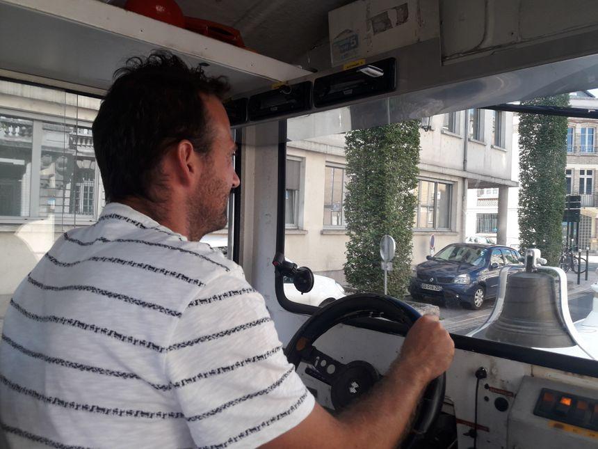 Greg Dupuy est le conducteur du petit train d'Orléans