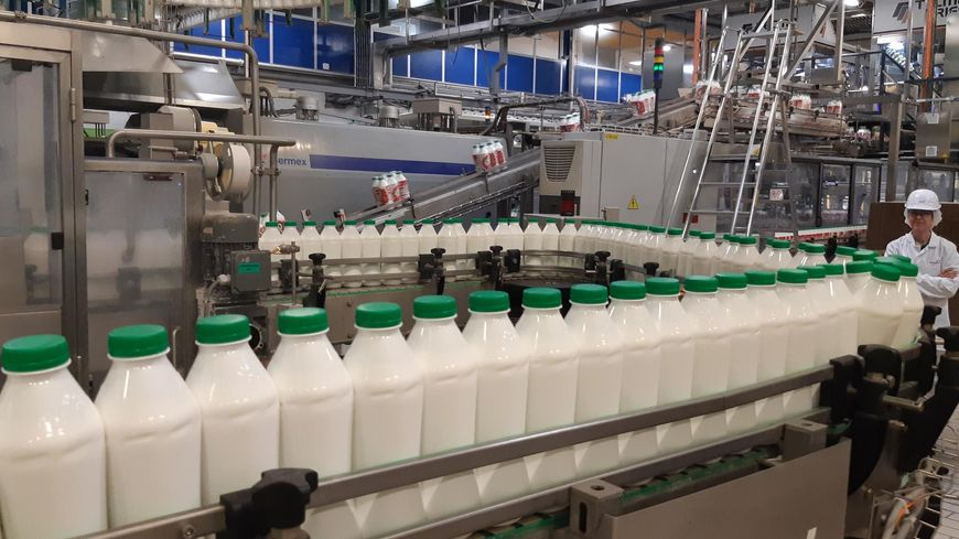 Jusqu'à 400 bouteilles de yahourt à boire produites à la minute