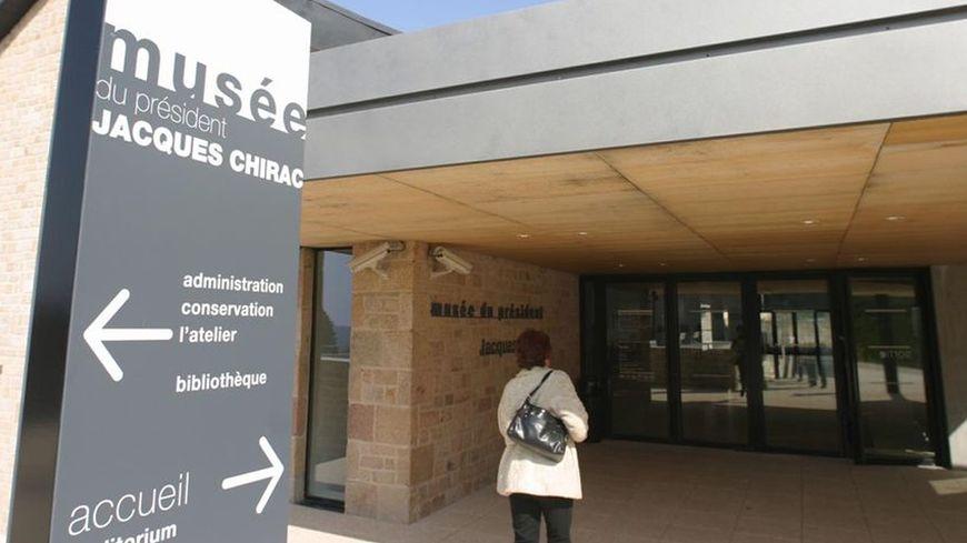 L'entrée du musée du président Jacques Chirac à Sarran