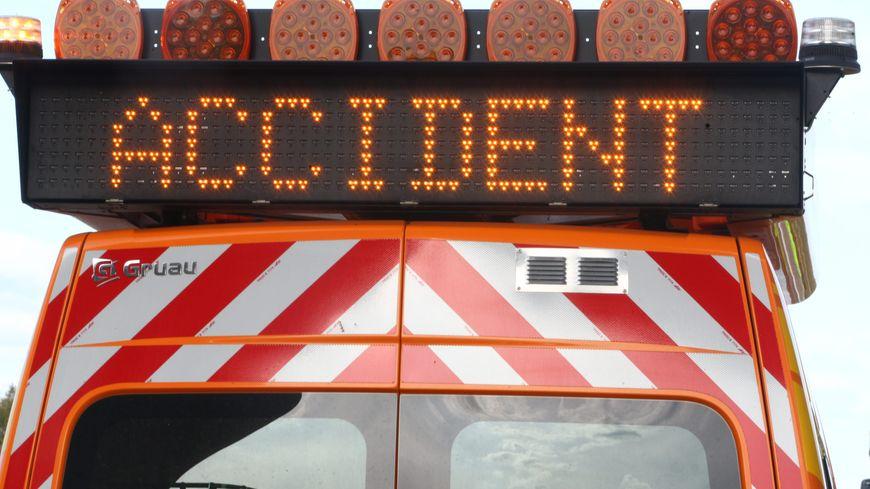 L'accident est survenu vers 13h30 à Monts en direction de Joué-les-Tours